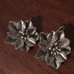 Vintage sterling 925 silver Floral wire earrings